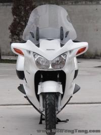 新到08年本田ST1300运动旅行车,珍珠白色,带ABS《自家的货 接受预订》
