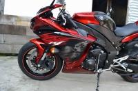 2011款雅马哈YZF-R1 特别版花 一千多公里 红黑色