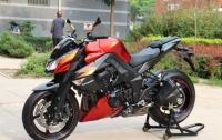 橘色2012款川崎Z1000 两千多公里,红黑色,超级霸气的街车