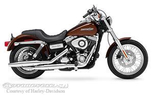 哈雷戴维森Dyna Super Glide Custom - FXDC摩托车