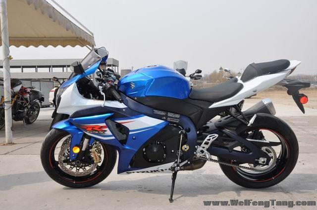 准新车2012年铃木大R GSX-R1000到货 蓝白色 GSX-R1000图片 3