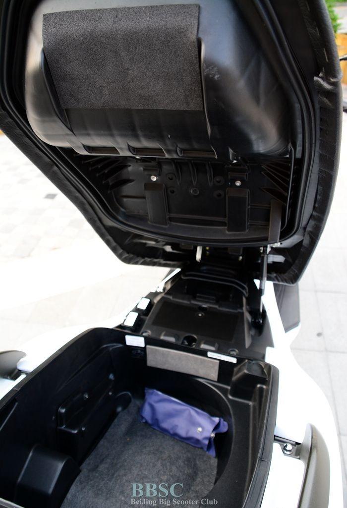 2010款本田 银翼GT600-ABS成色极佳 白色车身 Silver Wing图片 3