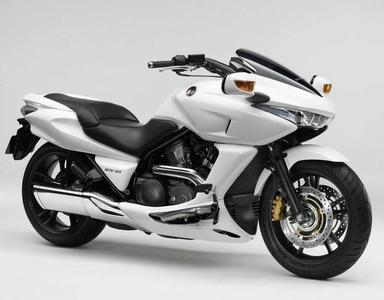 本田DN-01摩托车
