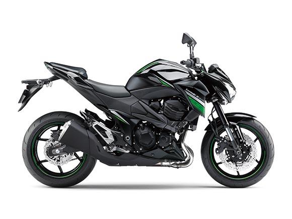 川崎Z800摩托车