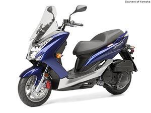 雅马哈Smax摩托车