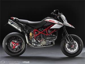 2010款杜卡迪Hypermotard 1100EVO SP摩托车