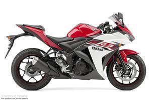 雅马哈YZF-R3摩托车