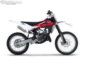 胡斯瓦纳CR125摩托车