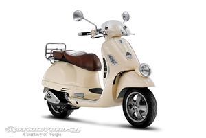 VespaGTV 250摩托车