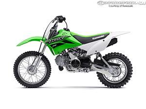 2015款川崎KLX110摩托车
